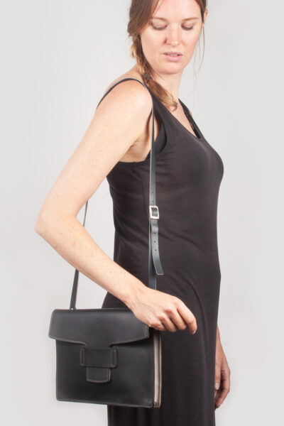 handmade leather handbag black leather