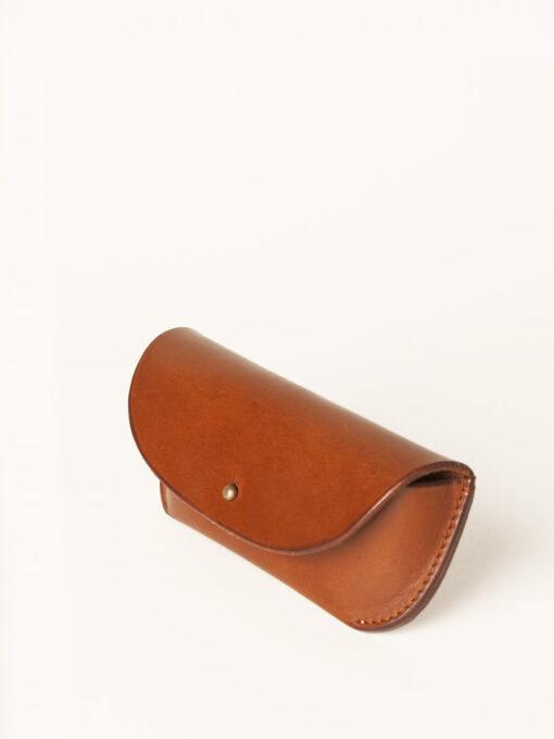 tan leather glasses case