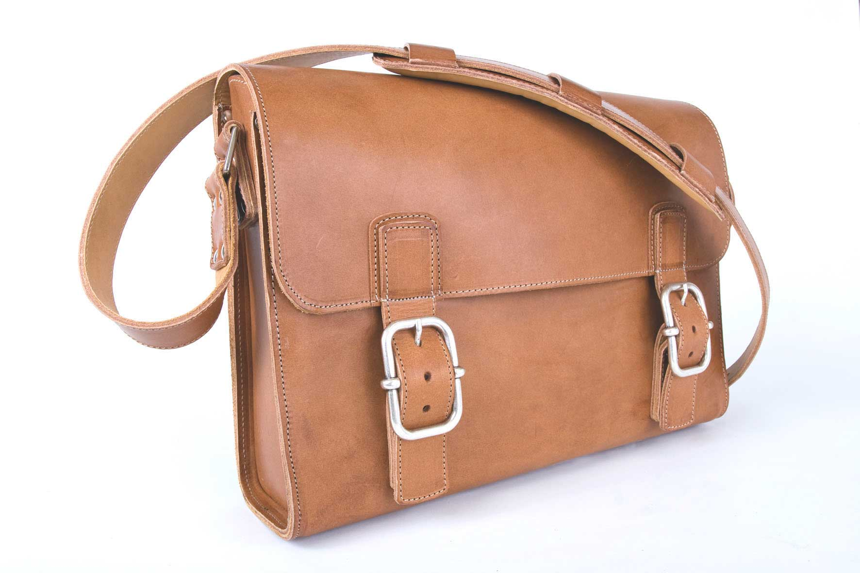 Satchel Bag tan silver buckle